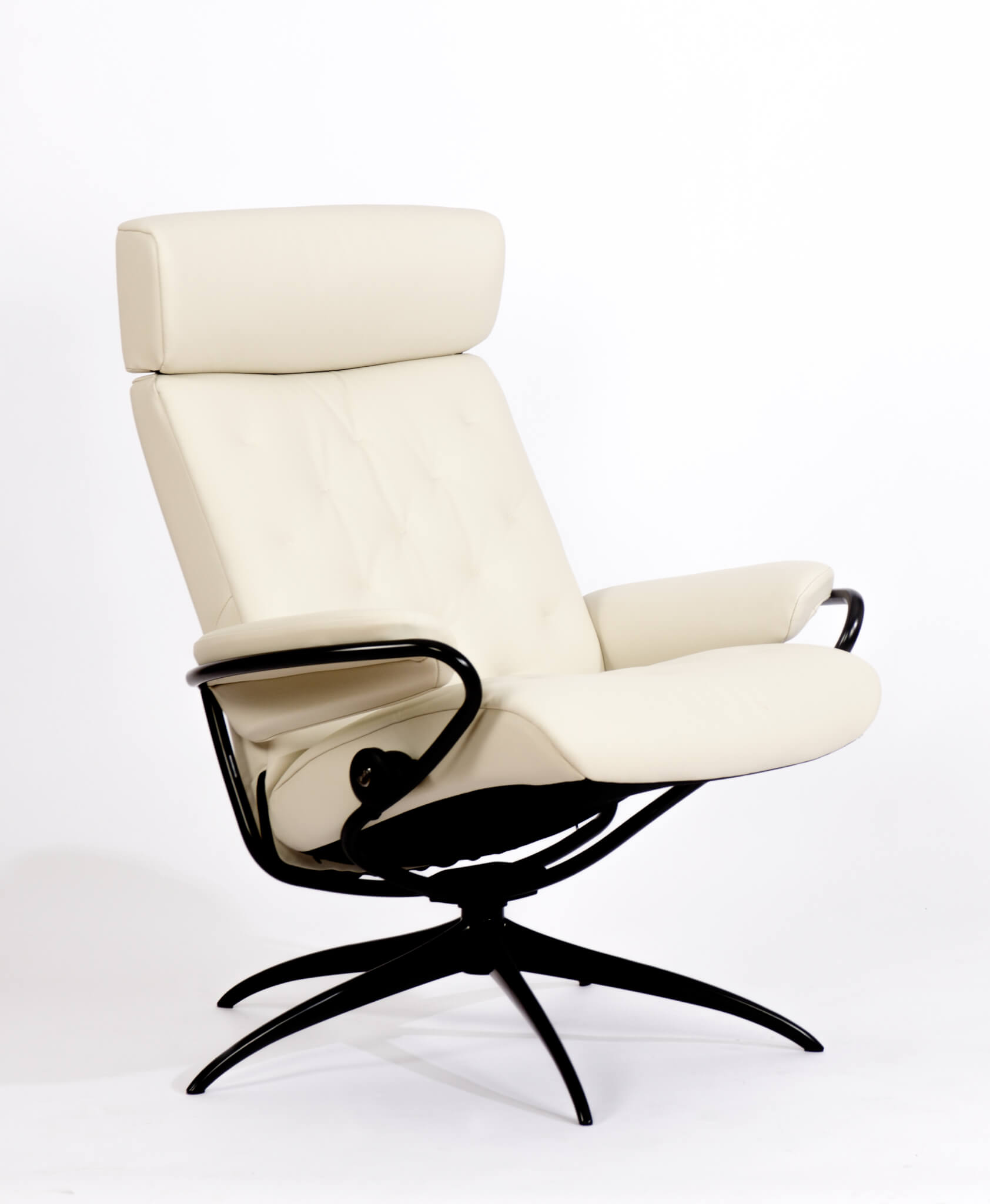 Stressless Metro_Low Back_with Headrest_Black