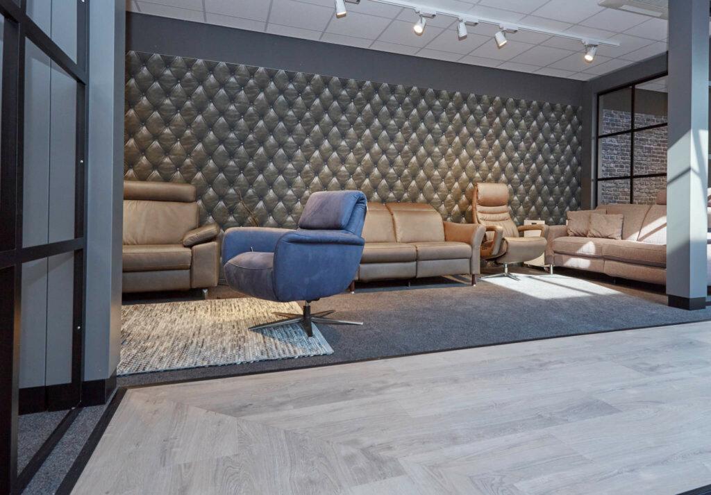 elektrische relaxbank in showroom Easysit