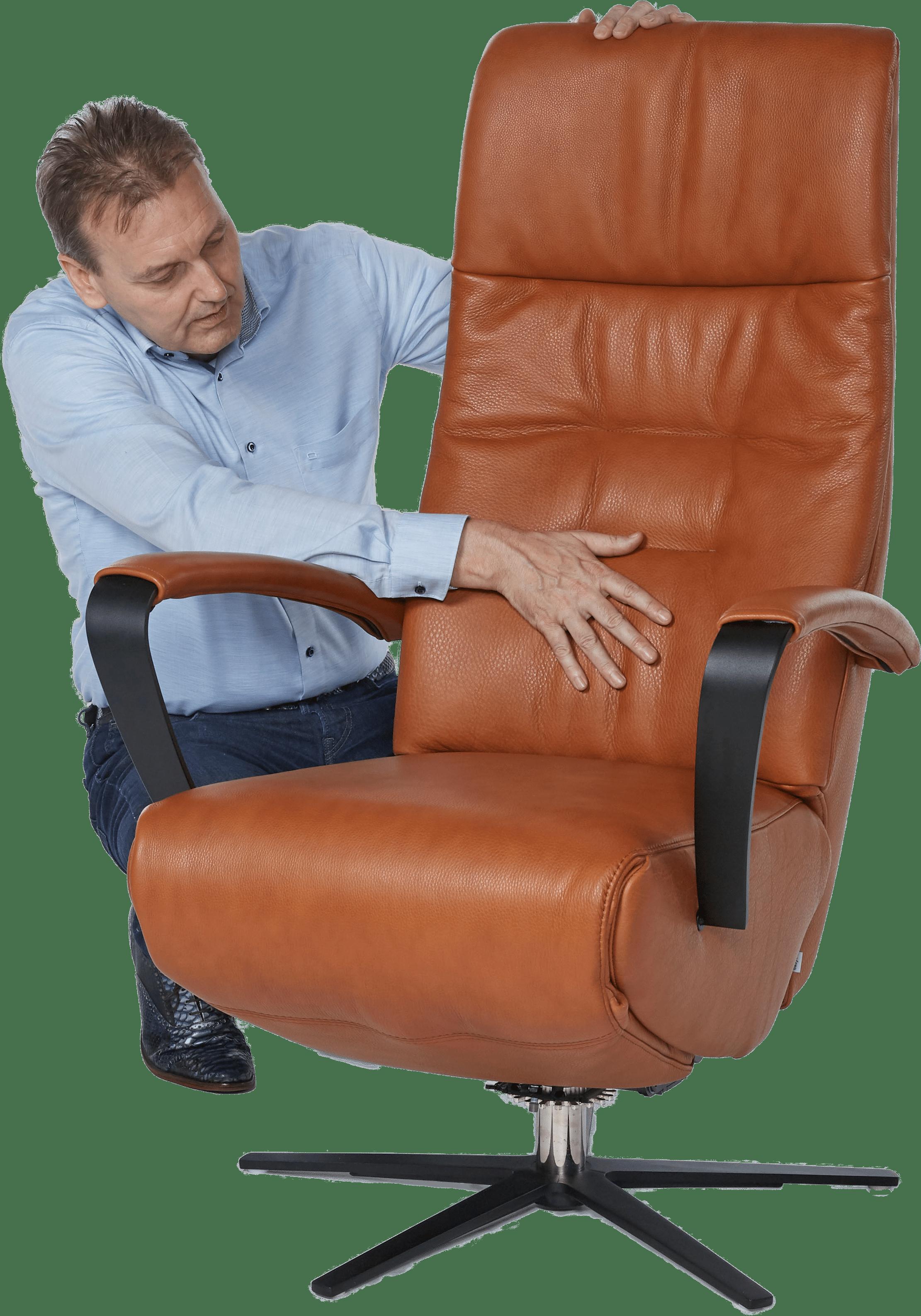 Moeite met opstaan? Kies een goede sta-opstoel!